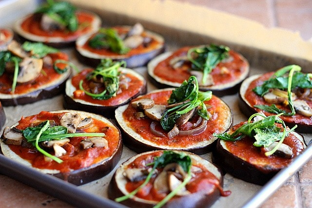 Low Carb Eggplant Pizzas (Paleo, Vegan, Gluten-Free) - Oatmeal with a ...
