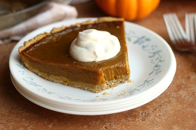 Clean Honey Pumpkin Pie (Egg-Free, Dairy-Free, Oil-Free) 3