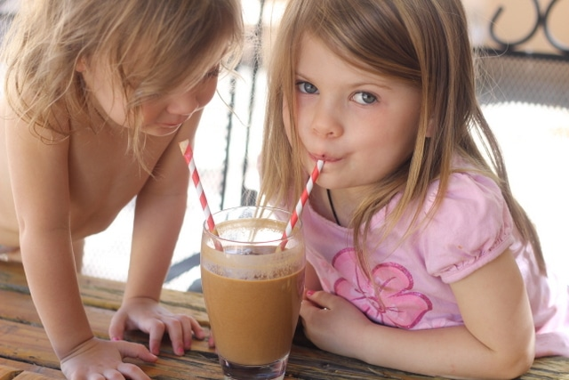 Secret Ingredient Healthy Chocolate Shake (Vegan, Paleo) 4