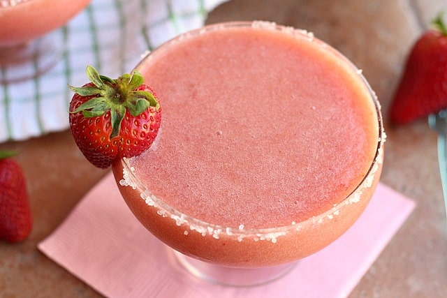 Non-Alcoholic, Fruit-Based Strawberry Margaritas (Vegan, Paleo) 4