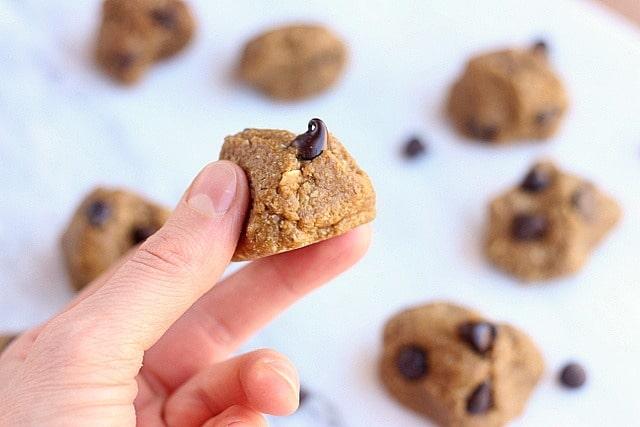 Gooey Chocolate Chip Snack Bites (Date-Free) 3