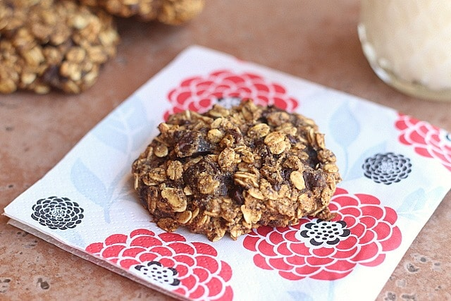 Low Fat Oatmeal- Chocolate Chip Cookies Recipe — Dishmaps