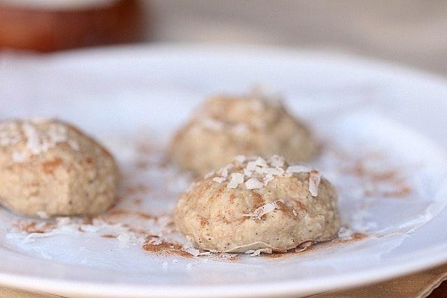 Sugar-Free Vanilla Coconut Frozen Cookies (Single Serving) 2