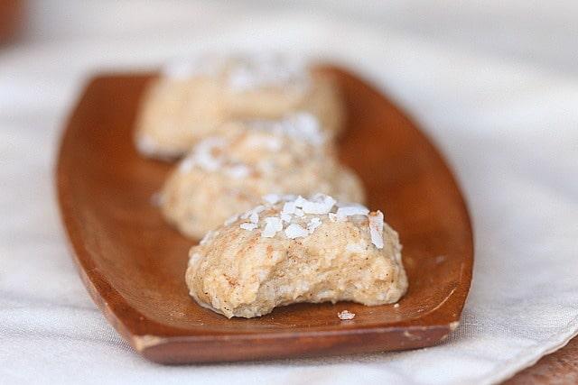 Sugar-Free Vanilla Coconut Frozen Cookies (Single Serving) 4