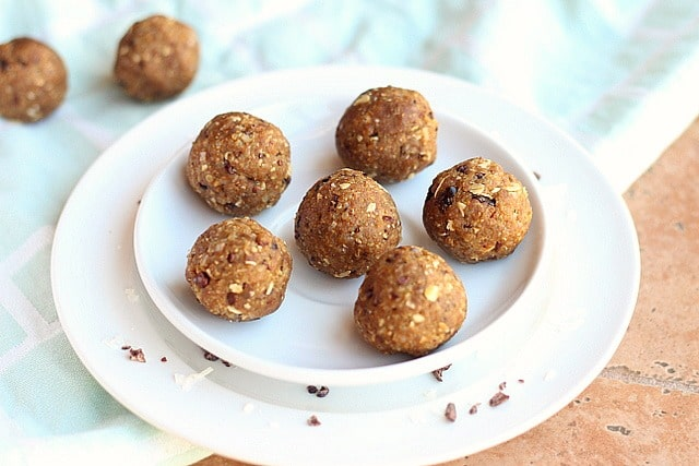 Peanut Butter Quinoa Energy Balls 3