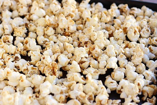 Caramel coconut oil popcorn