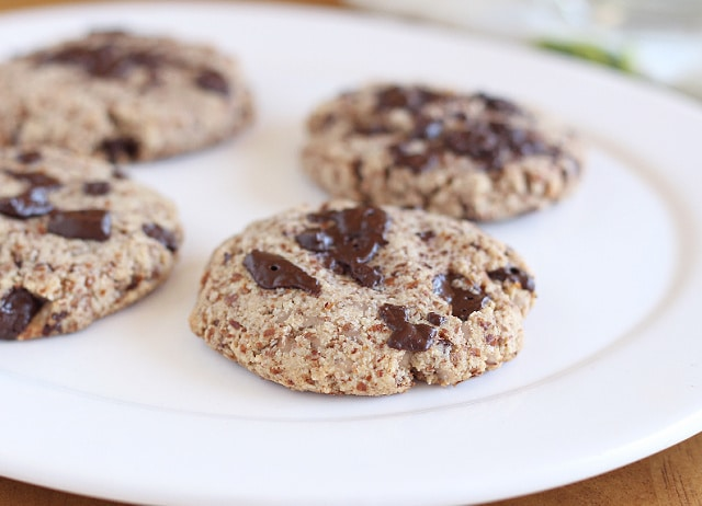 Almond flour cookies recipe with chocolate chips