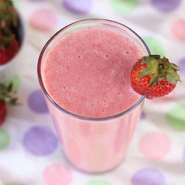 Easy Strawberry Milkshake