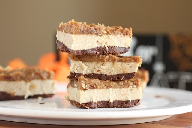Healthy Snickers bars recipe with dates