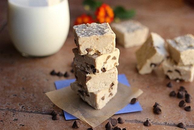Chocolate Chip Detox Fudge (Dairy-Free, Vegan)