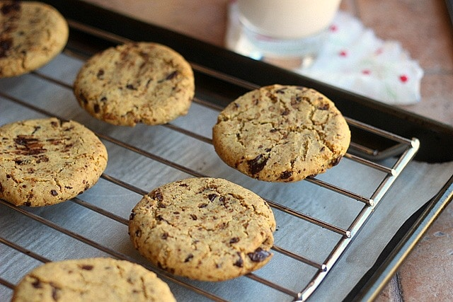 Incredible Chickpea Flour Chocolate Chip Cookies (Grain-Free, Vegan) 2