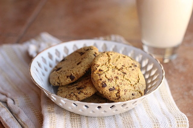Incredible Chickpea Flour Chocolate Chip Cookies (Grain-Free, Vegan) 4