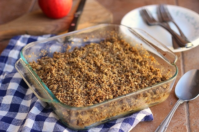 Healthier Than Grandma's Apple Crumble (V) 2