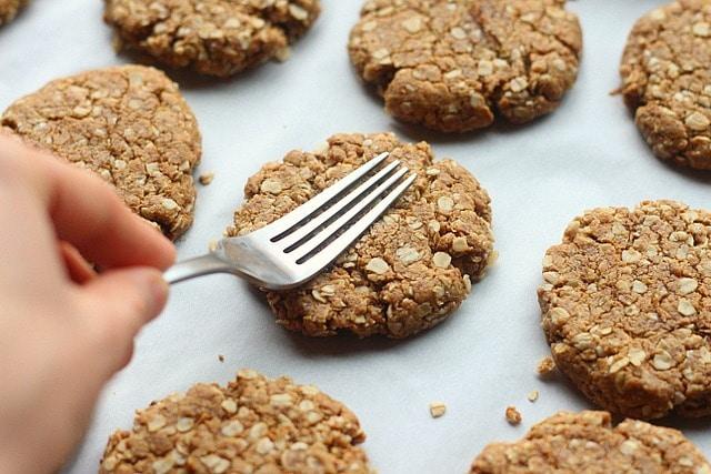 Oatmeal Peanut Butter Cookie Snackers (Gluten-Free) 8