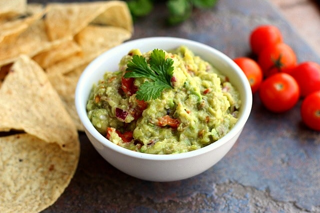 Sinless Guacamole (Vegan, Paleo) 3
