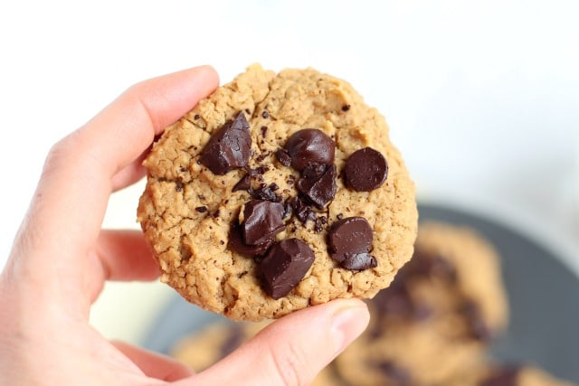 No sugar added chocolate chip cookies