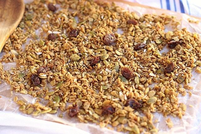 Sugar-Free Cinnamon Coconut Granola 4