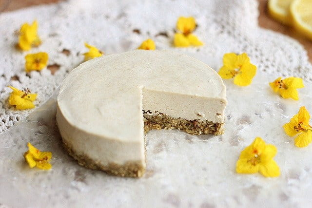 Healthy, low sugar cheesecake recipe without nuts
