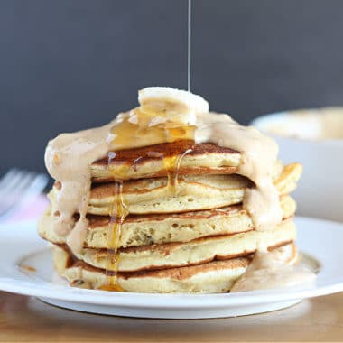 Chickpea flour pancakes made without sugar