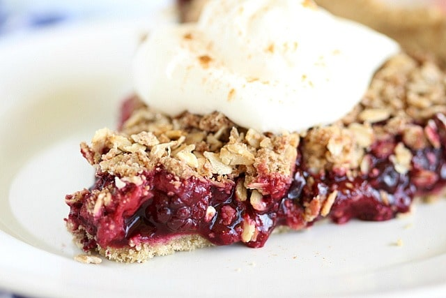 Healthy and easy berry pie recipe