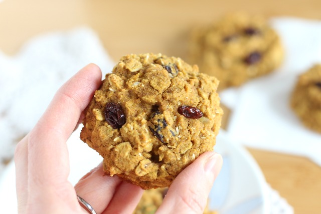 Breakfast cookies made with oats, brown rice flour, and raisins