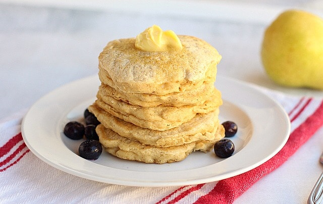 The Best Sugar-Free, Oil-Free Oatmeal Pancakes