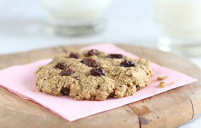 Healthy oatmeal raisin cookie for one