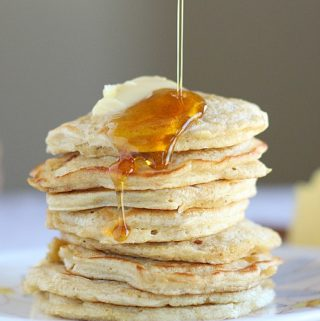 Oatmeal pancakes high in protein