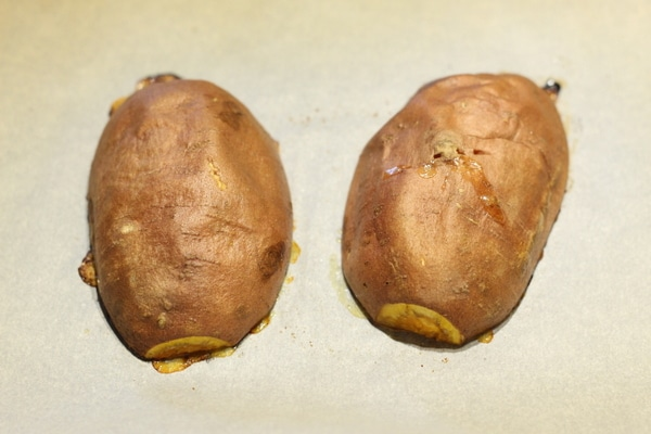 How To Make a Delicious Baked Sweet Potato...Fast ...