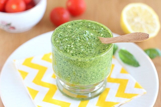 Spinach basil pesto on the cheap