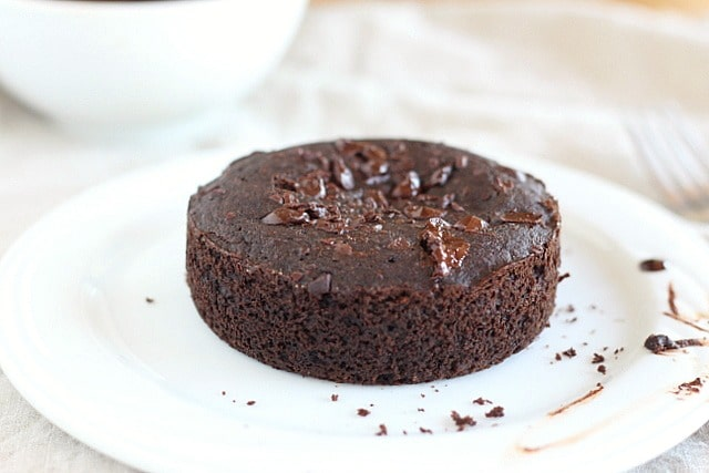 Healthy chocolate cake for one (low sugar)