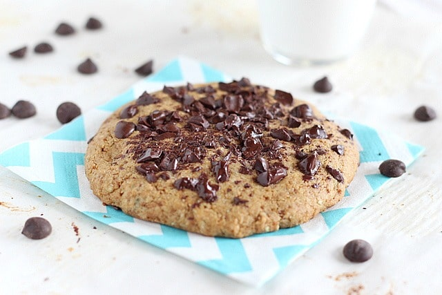 Single serve gluten-free cookie with buckwheat flour