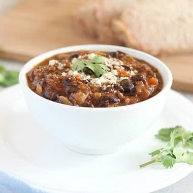 Vegetable beef chili with fresh tomatoes