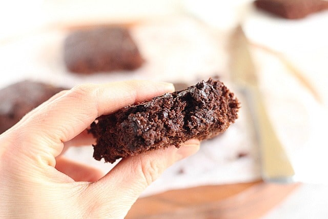 Healthy oat flour brownies made with maple syrup and applesauce