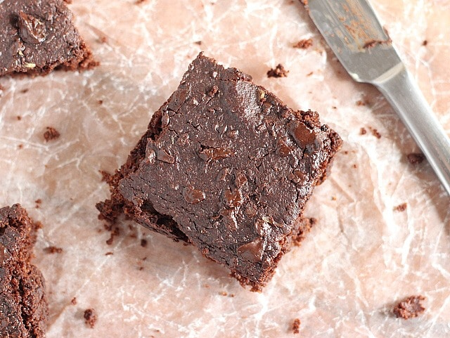 Low sugar brownies that are lower in fat and made with applesauce