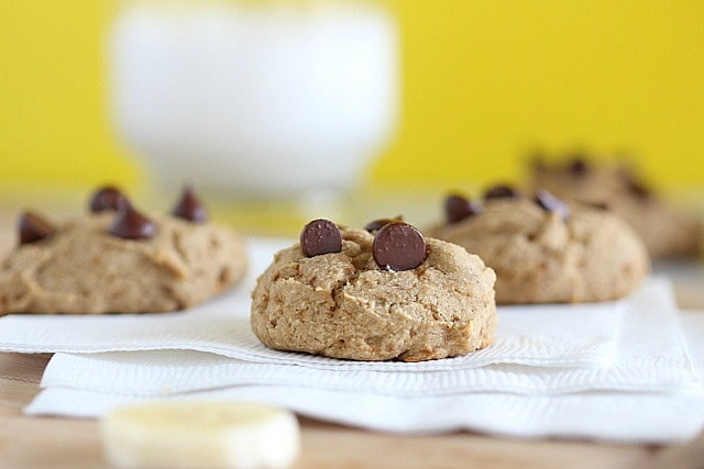 Banana-sweetened chocolate chip cookies with coconut sugar