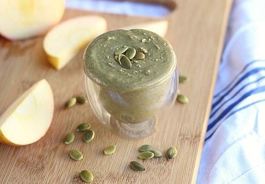 Homemade pumpkin seed butter from raw pumpkin seeds
