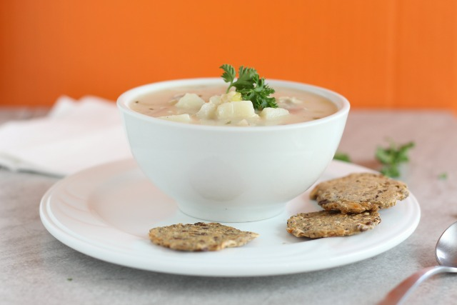 Healthy lower fat clam chowder recipe