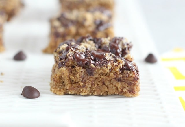 Lower sugar cookie bars with stevia and chocolate chips