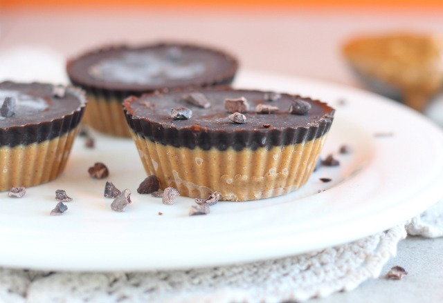 Peanut butter cups made with stevia