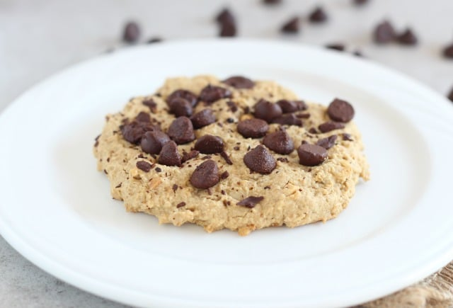 Low sugar oatmeal chocolate chip cookie with peanut butter
