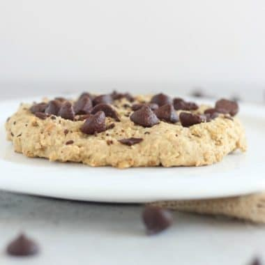oatmeal peanut butter cookie for one