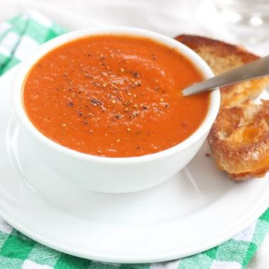 Healthy tomato soup made without cream