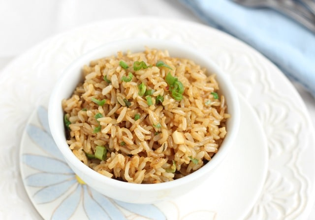 Healthy fried rice with ginger and garlic