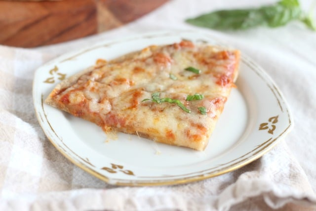 Healthy pizza crust with lower phytic acid