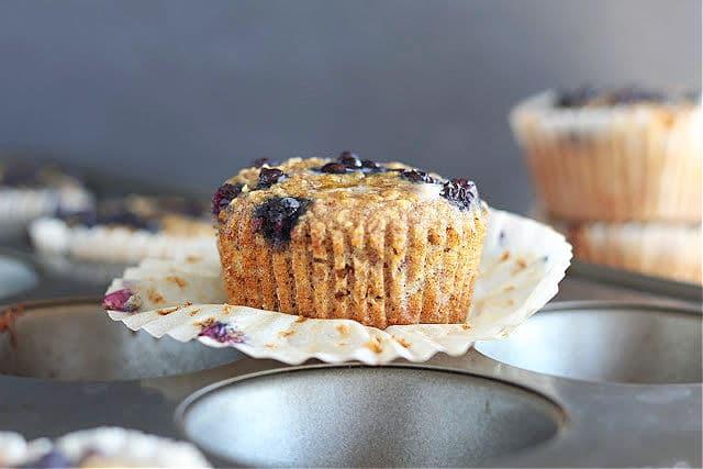Gluten-free vegan muffins with dates